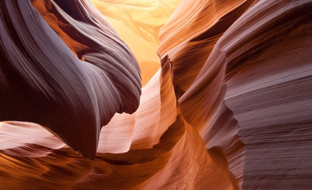 antelope-canyon-1128815_640